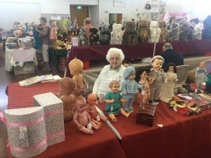 Valuations Table - Marjory Fainges - Australia's world-renowned doll expert & Author